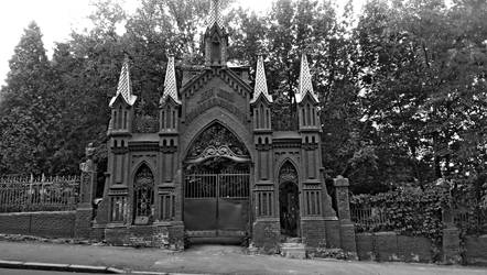 Baikove Cemetery Gates  BandW by evilcrowbar
