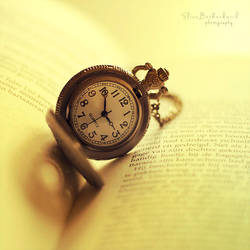 Golden Memories by xOronar