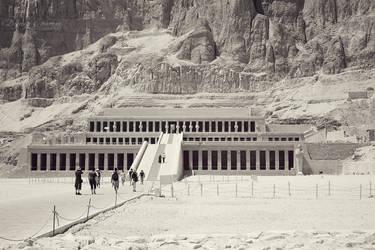 Hatshepsut's Temple II by DorotejaC