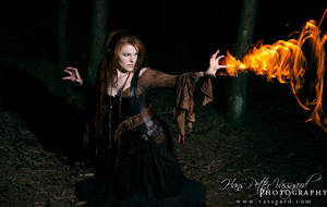 Sorceress II by TatharielCreations