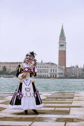 Miss Noir Sakizo in Venice by lilie-morhiril