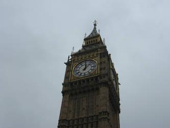 Cielo di Londra by LauraMomiji