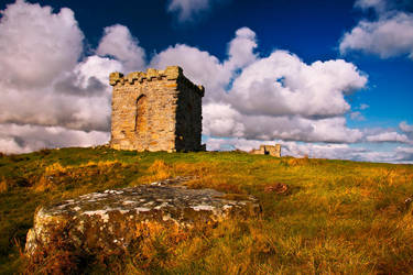 Rothley Castle by newcastlemale