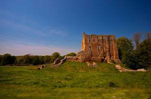 Norham Castle by newcastlemale