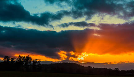 Northumberland Sunset by newcastlemale