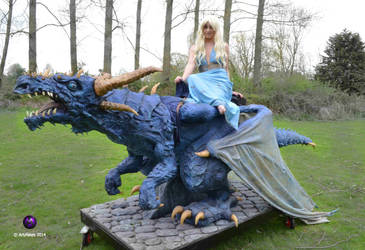 Mother of Dragons by Artyfakes