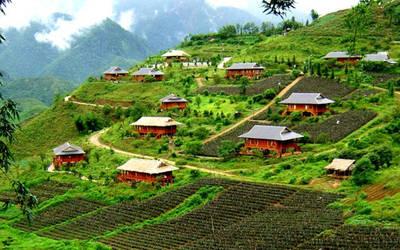Travel a beautiful destination by EdwinCao