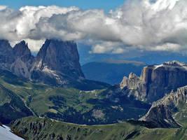 Imposing scenery by edelweiss26