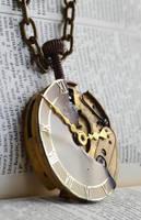 Clockwork necklace by oasiaris