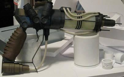 F3 inspired plasma pistol by JMAGUS