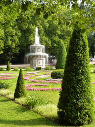 Peterhof 1 by MistressCurlyLocks