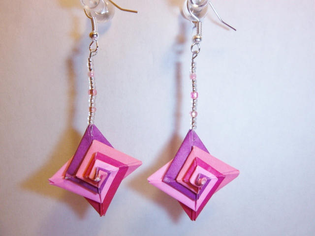 Spiral Origami Earring By Db31415