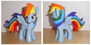 Rainbow Dash by Uminohoshi