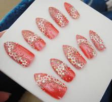 Simple glitter stars nail set by jadelushdesigns