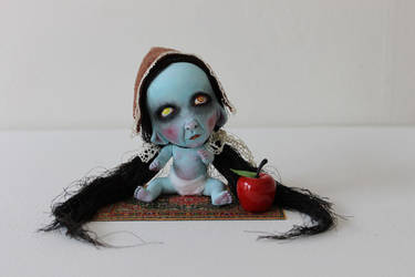 creepy little thing by Horriblesweet