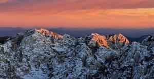 Red peaks of Velebit by ivancoric