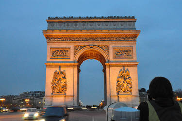 Arc de Triomphe by prevailinginsanity