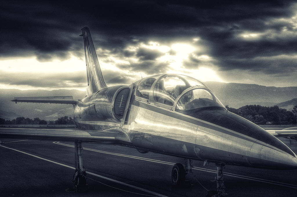 Jet fighter aircraft by RichardjJones