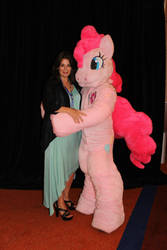 Pinkie and Celestia (Nicole Oliver) by farondk