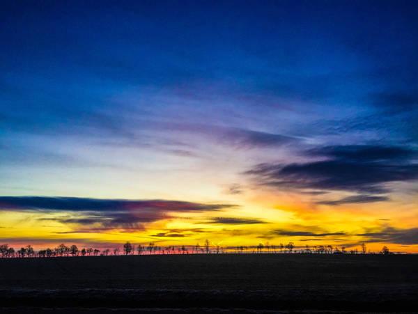 sunrise by MomokoShinzoArts