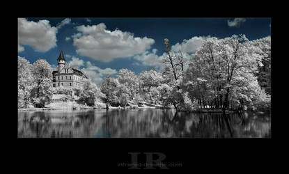 Dreamland by infrared-dreams