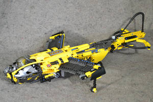Armorhide and the Stinger: Hero Factory MOC by welcometothedarksyde