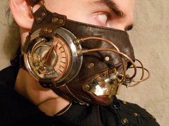 A steampunk breathmask MK II by ChanceZero