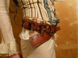 Another steampunk belt by ChanceZero