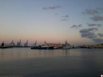 Puerto de la Luz 2 by kawano-katsuhito
