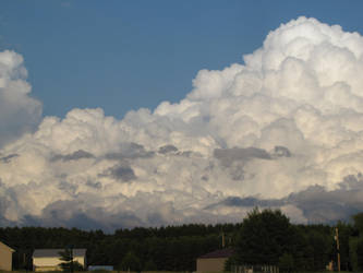 Massive Beautiful Clouds by Vierrick