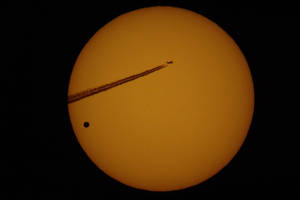 Jet and Venus on the sun by woodycxd