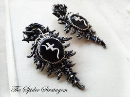 Original vintage re-visited earrings 'Jusa' by TheSpiderStratagem