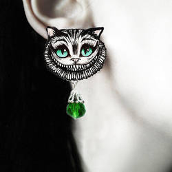 'Cheshire cat' earrings by TheSpiderStratagem