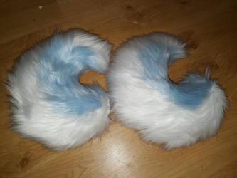 2color tails by rei-shiroiakuma