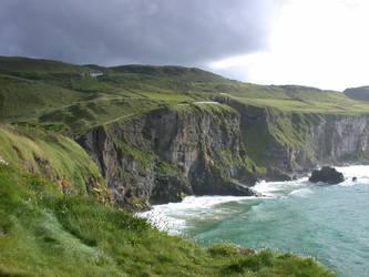 Cliffs by evilviolet