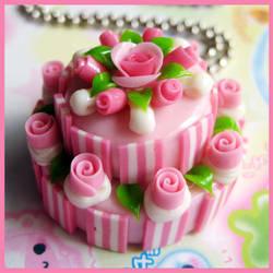 Strawberry Round Cake Necklace by cherryboop