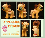Applejack Plushie by nooby-banana