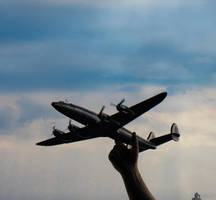 Catch The Super Constellation by LeWelsch