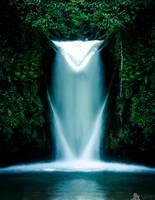 Scherlibach Waterfall by LeWelsch