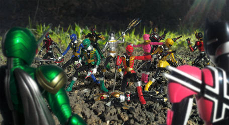 Super Sentai vs Kamen Rider by 0PT1C5