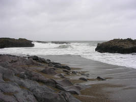 Those rocky shores by askoi