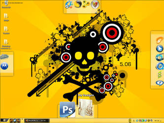My Desktop ScreenShot by Evil-Slayer