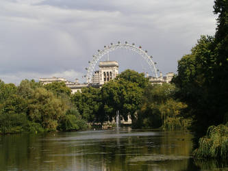 St. James and the London Eye by anakinluvr