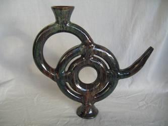 tridonut teapot by hersky