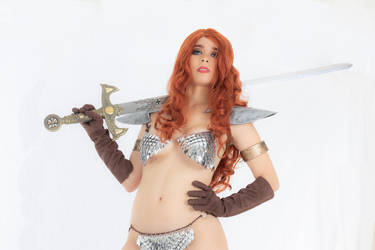 Red Sonja Cosplay by caroangulito