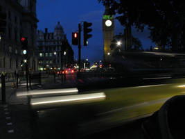 Blurred nights in london by KailaDarling