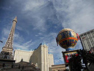 Vegas during the day by KailaDarling