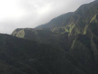 hawaiian mountains by KailaDarling