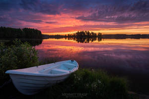 The White Boat by m-eralp