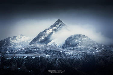 The Lonely Mountain by m-eralp